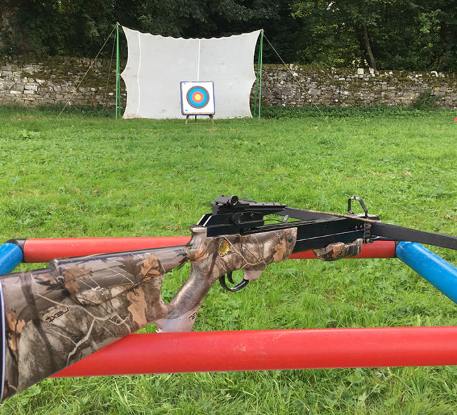Crossbow-Shooting