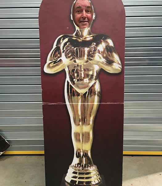 Lifesize-Stand-In-Oscar-Cutout