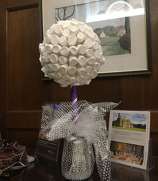 Marshmallow-Sweet-Tree-Table-Centres