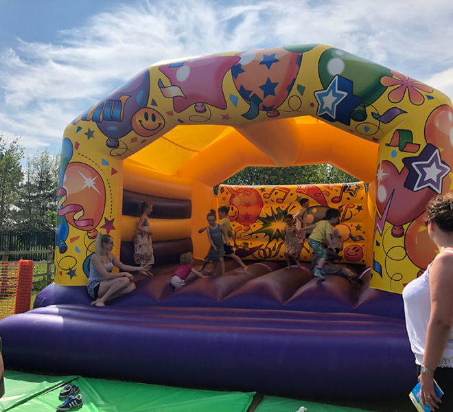 Bouncy-Castle-Inflatable