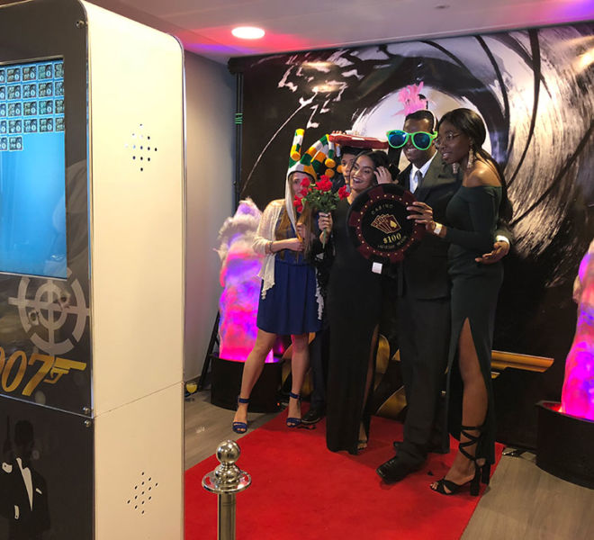 James Bond theme selfie pod