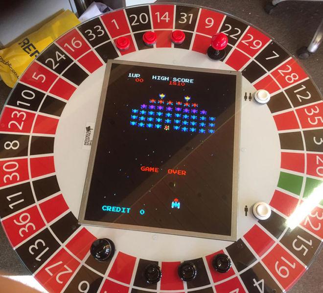 Vegas theme retro games station hire