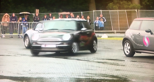 Kelly's stunt show at Gosforth park racecourse
