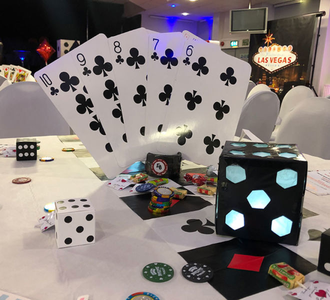 Props and room dressing for a Casino evening party