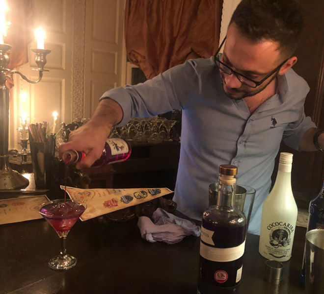 Photo-cocktail-mixing