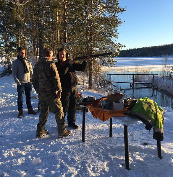 Clay pigeon shooting on the ice in Sweden
